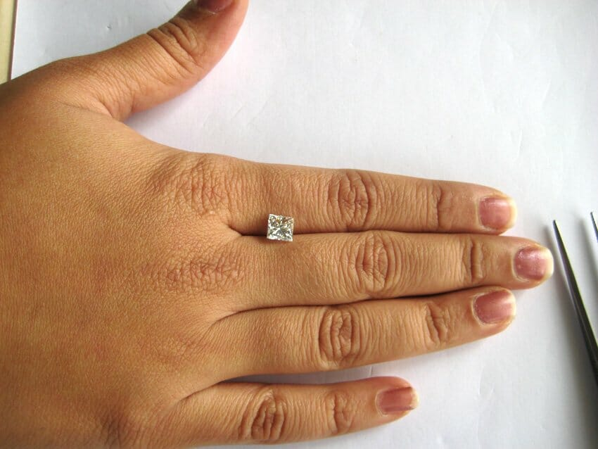 How to choose diamond ring? Princess cut Diamond on Ring Side of Hand