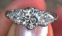 Celtic_Three_Diamond_Ring vCert