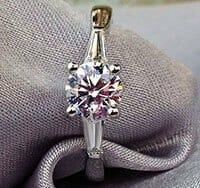 1.21ct_Diamond_Taper_Ring vbgi