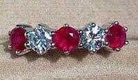 Ruby-Diamond-Ring v WP